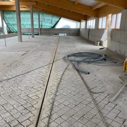 pavimenti-interni-stalla-serramenti-esterni-02